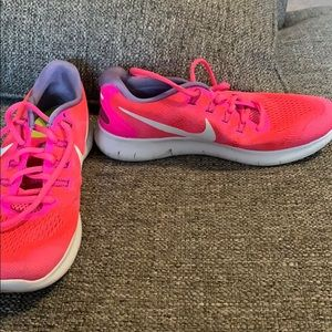 Nike Free RN Pink Shoes - Size 8